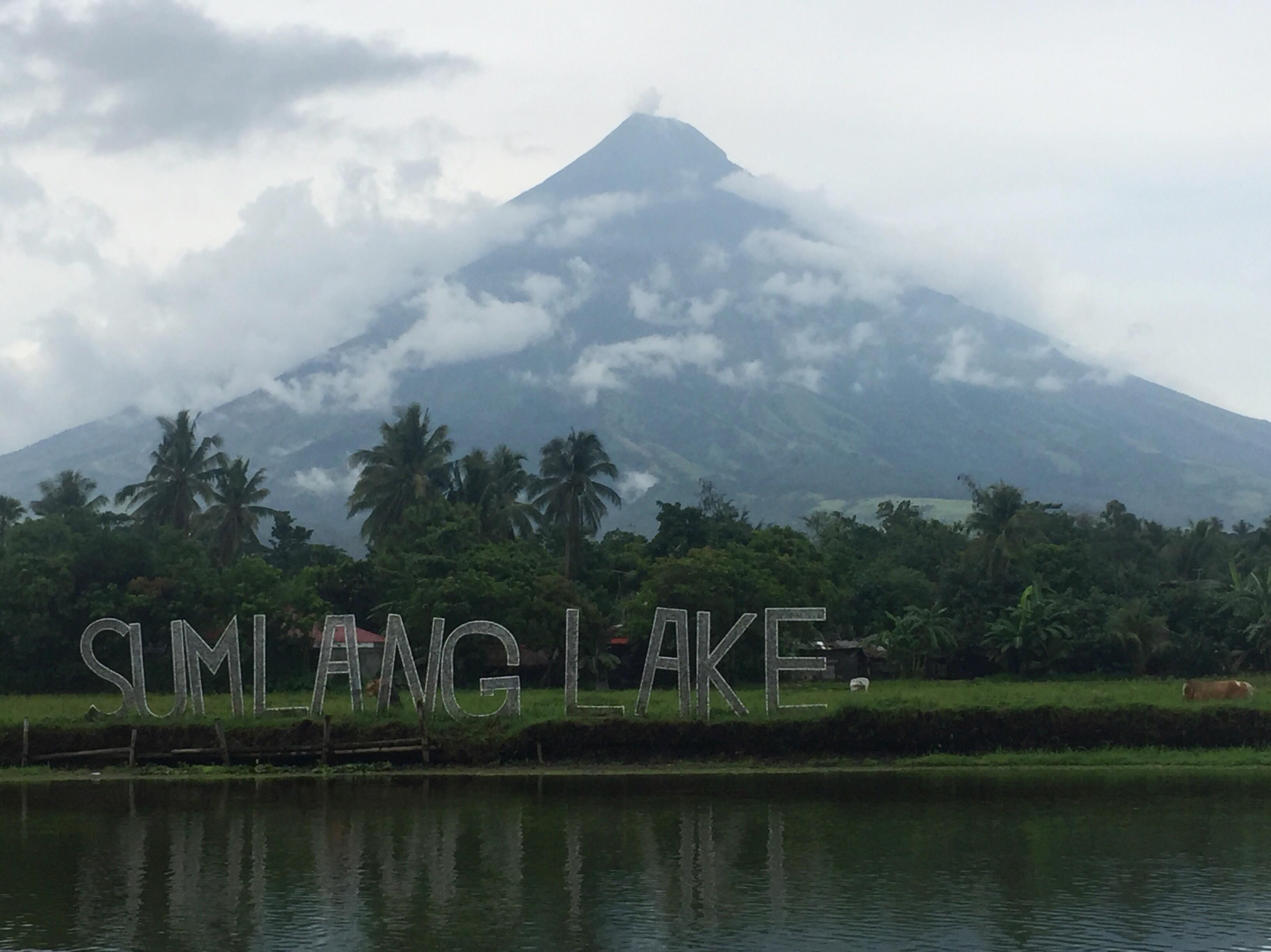 Sumlang Lake Philippines