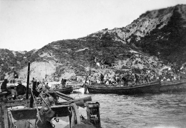 Gallipoli beach 1915
