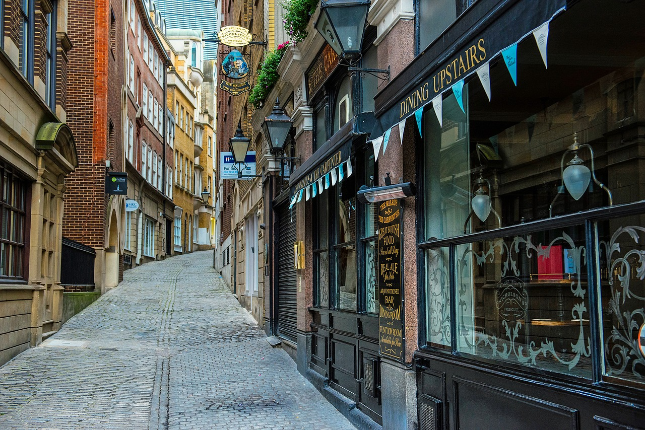 Lovat Lane in London