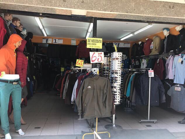 Fake gear store in La Paz