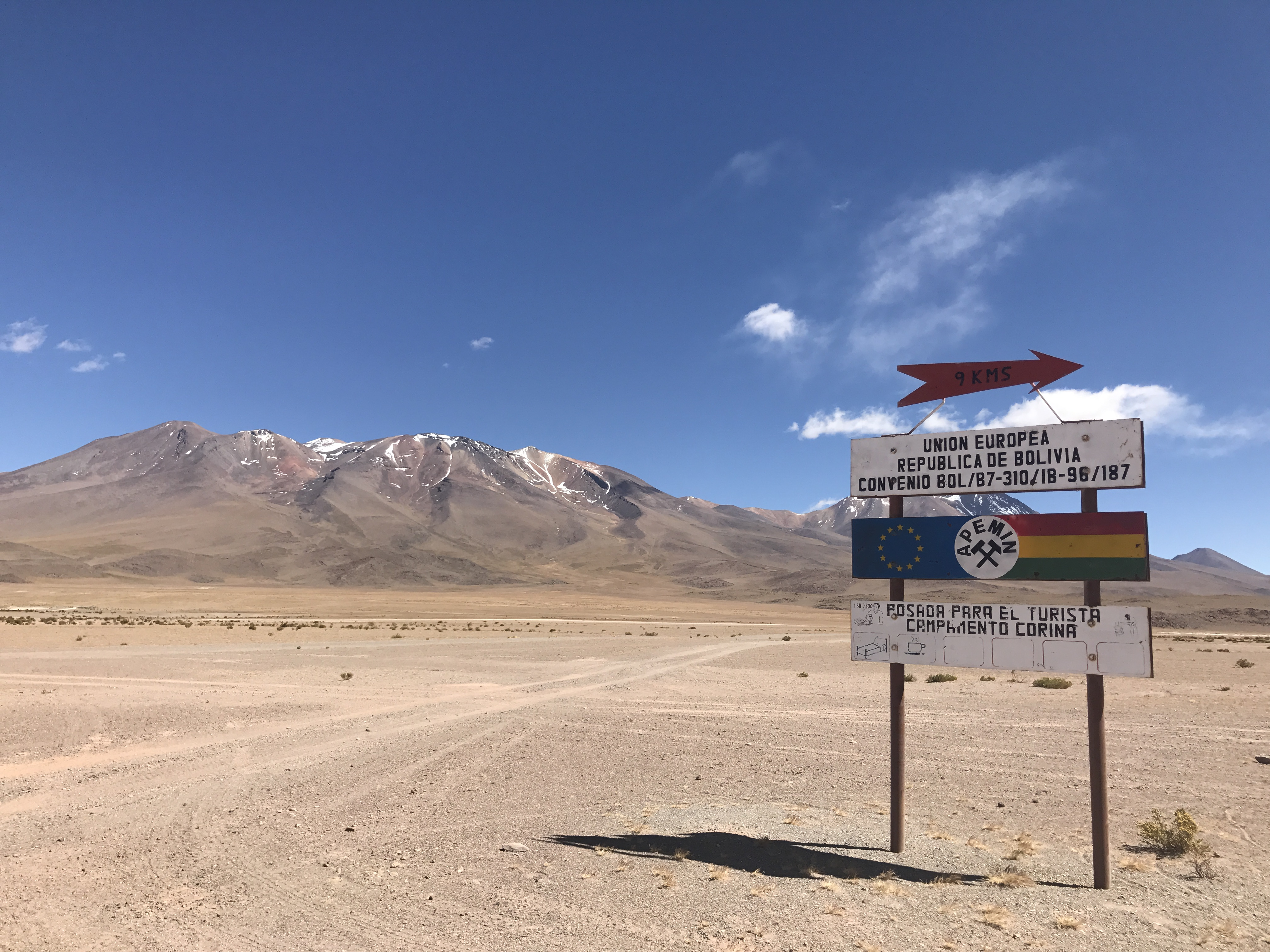 A rare road sign in Bolivia