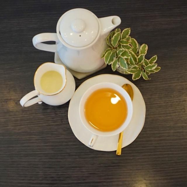 Tea time at Charlies Dessert House