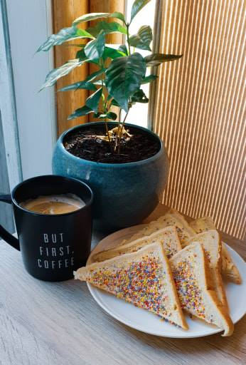 Traveling Honeybird Fairy Bread recipe