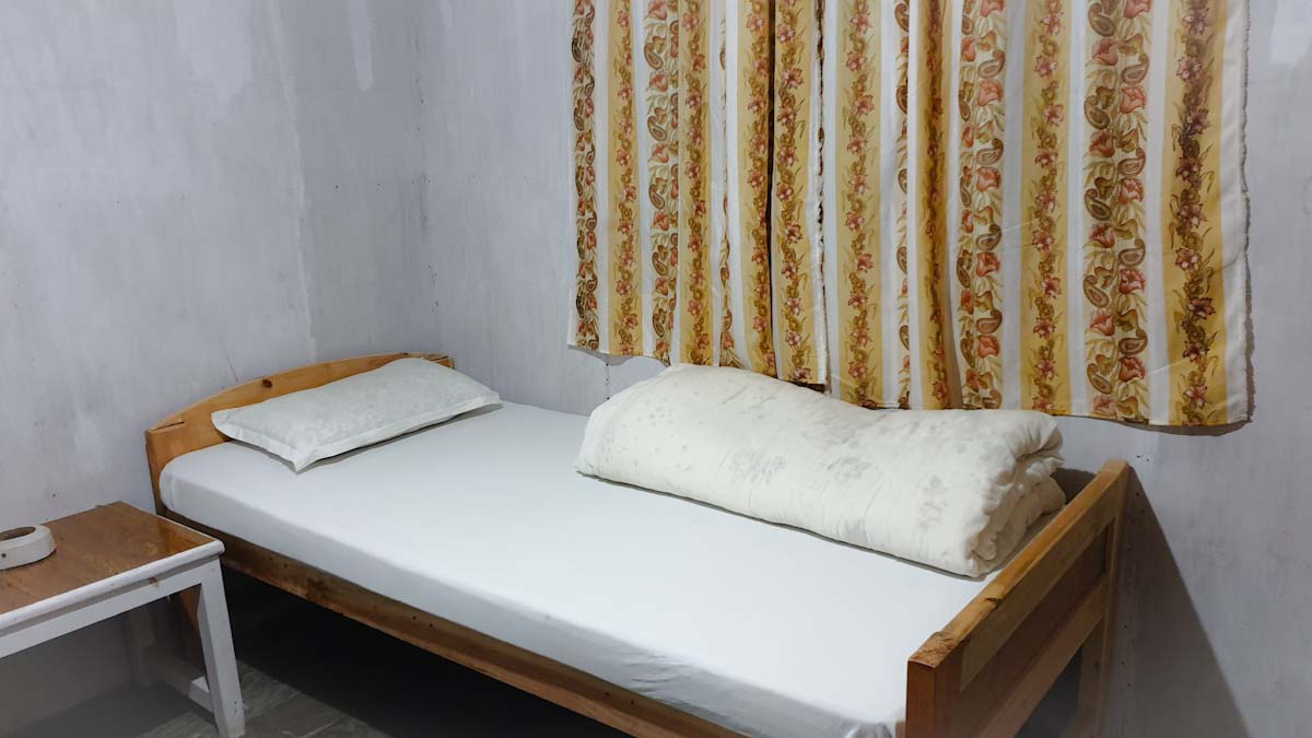 Clean beds on Mohare Danda trek