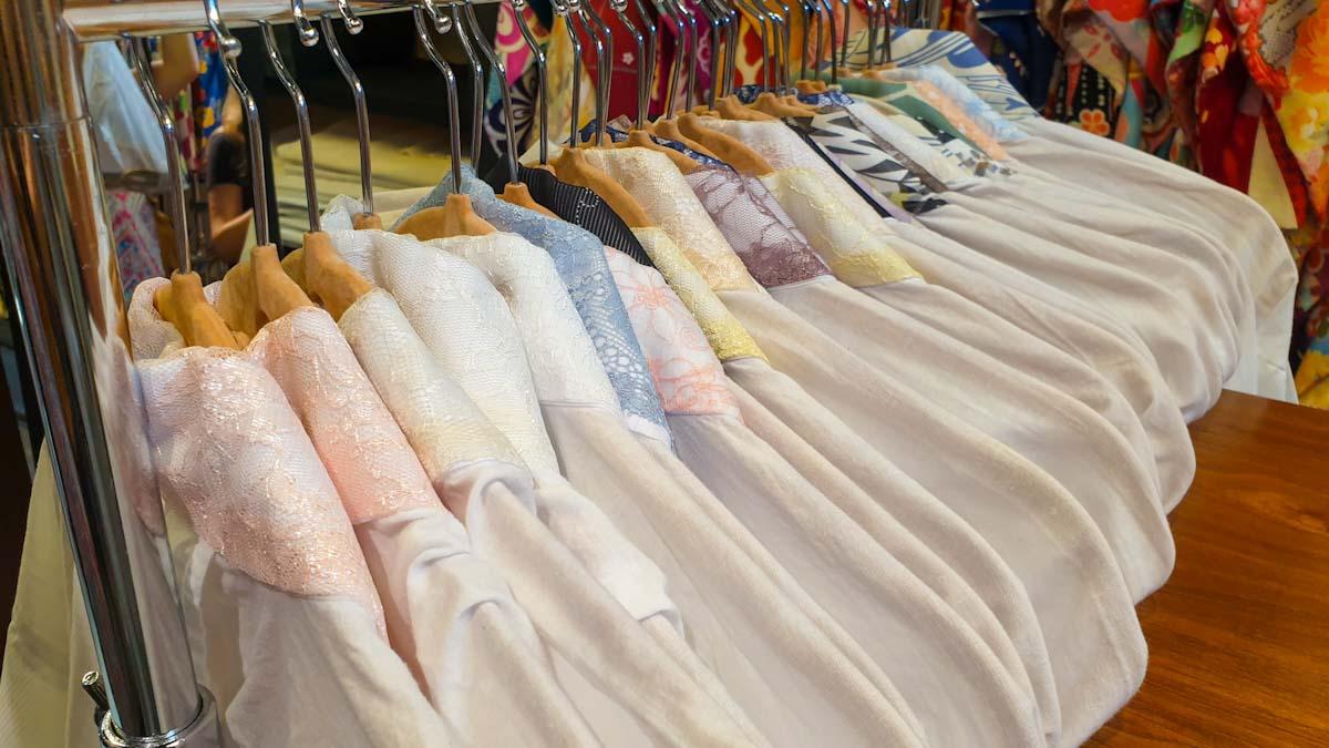 Picking out the kimono pieces